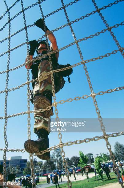lapd swat training at the net - los angeles police department stock pictures, royalty-free photos & images