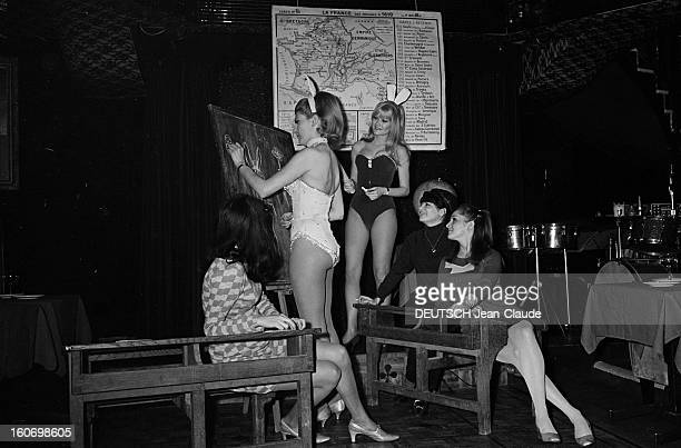 Training Center For Small Rabbits And Bunnies Paris 10 Avril 1967 Cabaret Le Black Star deux jeunes femmes en costume de Bunnie ou petit lapin une...