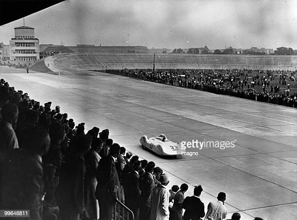 Training of an Auto Union racing car on the Avus motor racing circuit Photograph 2751937 Photo by Austrian Archives /Imagno/Getty Images