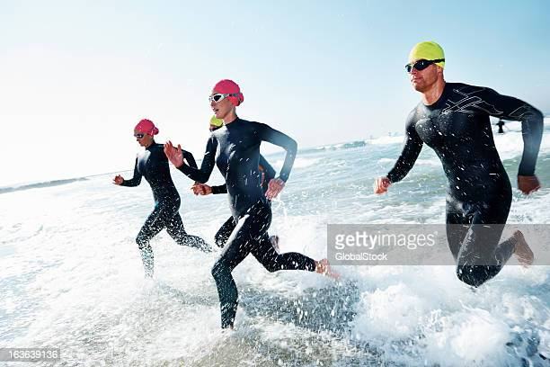 training to win - endurance stock pictures, royalty-free photos & images