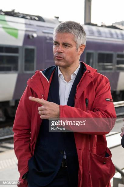 Training with the teams of the Railway Police in training at Perrache Station in Lyon on November 27 2017 Laurent Wauquiez president of the Auvergne...