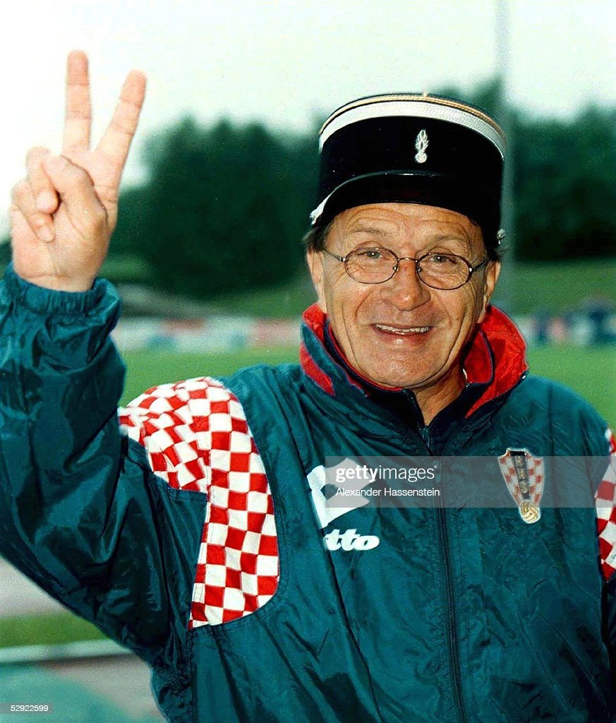FUSSBALL: WM FRANCE 98 Trainingslager KROATIEN/CRO in Vittel, 02.07.98 : News Photo