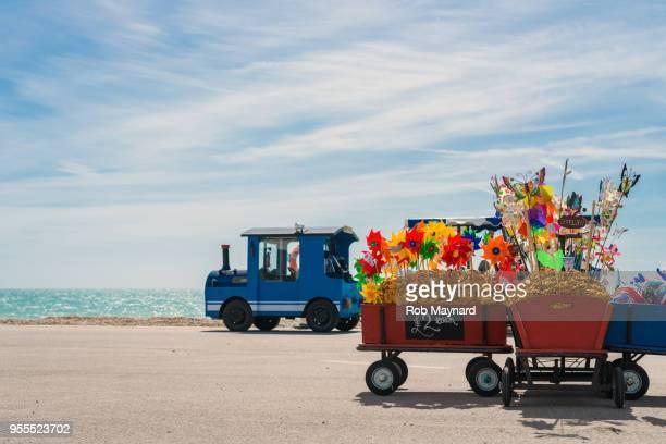trains at bognor regis - bognor regis stock pictures, royalty-free photos & images
