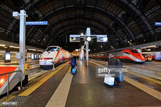 Trains Trenitalia 'Frecciarossa' and 'Frecciabianca' in Milano Centrale train station. 2013 for Trenitalia closes with over 42 million passengers...