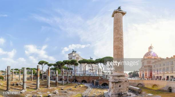 trajans column, rome, italy - altare della patria stock pictures, royalty-free photos & images