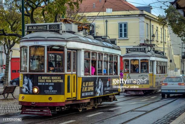 Tram 28, Rua Damasceno Monteiro, Lisbon, Portugal, Strassenbahn 28, Lissabon.