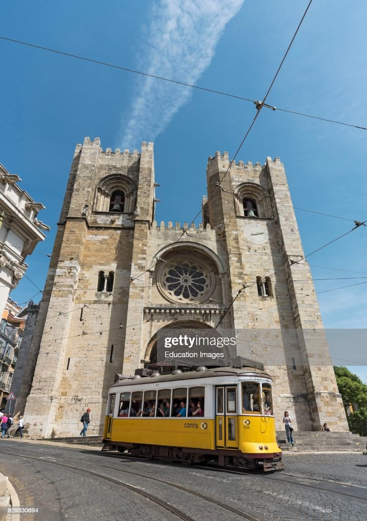 Tram outside Lisbon Cathedral : News Photo