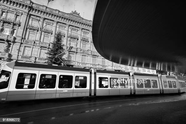 tram stop in front of credit suisse headquarters, paradeplatz, bahnhofstrasse, zürich - credit suisse stock pictures, royalty-free photos & images
