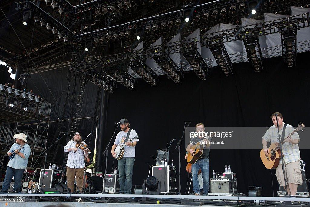 USA - 2015 Bonnaroo Music and Arts Festival - Day Three : News Photo