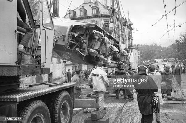 Tram 13 derailed becausse of the leaves and canted over Tramway Accident in Zürich 1966 Tram 13 derailed becausse of the leaves and canted over