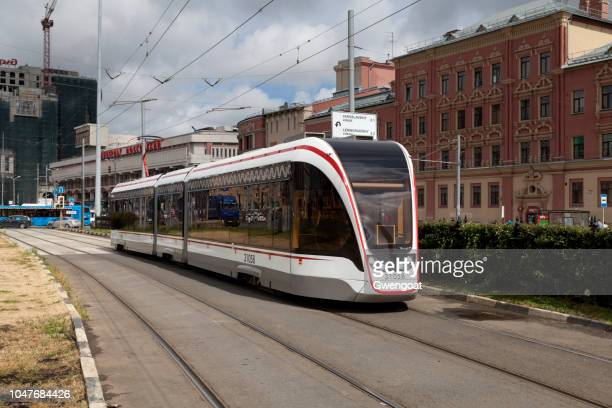 tramway in moscow - gwengoat stock pictures, royalty-free photos & images