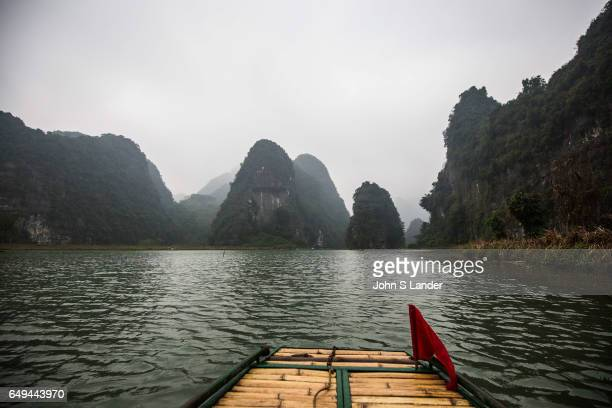 Trang An Landscape Complex is made up of three distinct areas Hoa Lu Ancient Citadel Trang An and Tam Coc Bich Dong collectively called the Trang An...