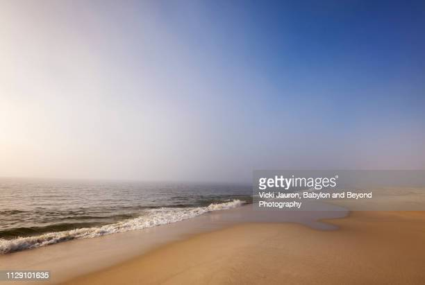 tranquility in blue along the coastline of jones beach, long island - wantagh stock pictures, royalty-free photos & images