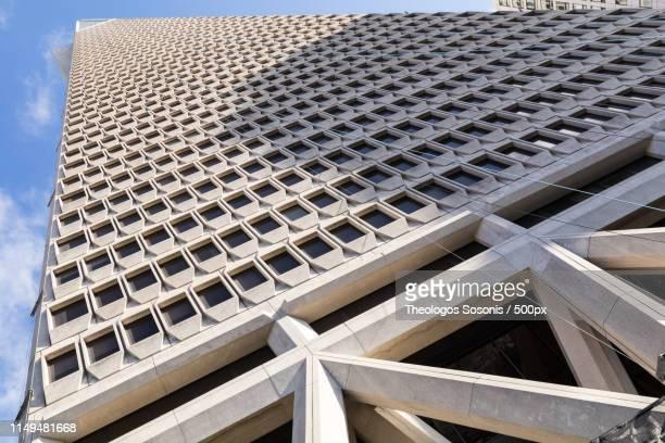 transamerica tower, san francisco - サンフランシスコ金融地区 ストックフォトと画像