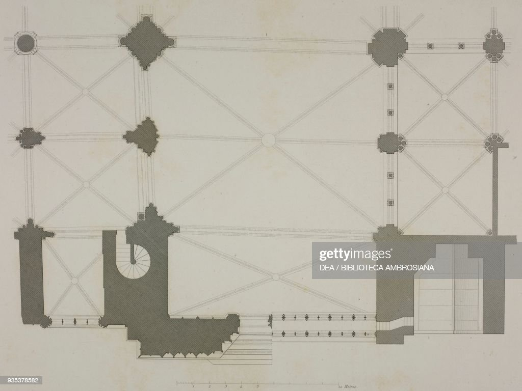 Transept Floor Plan Of Notre Dame Cathedral In Paris