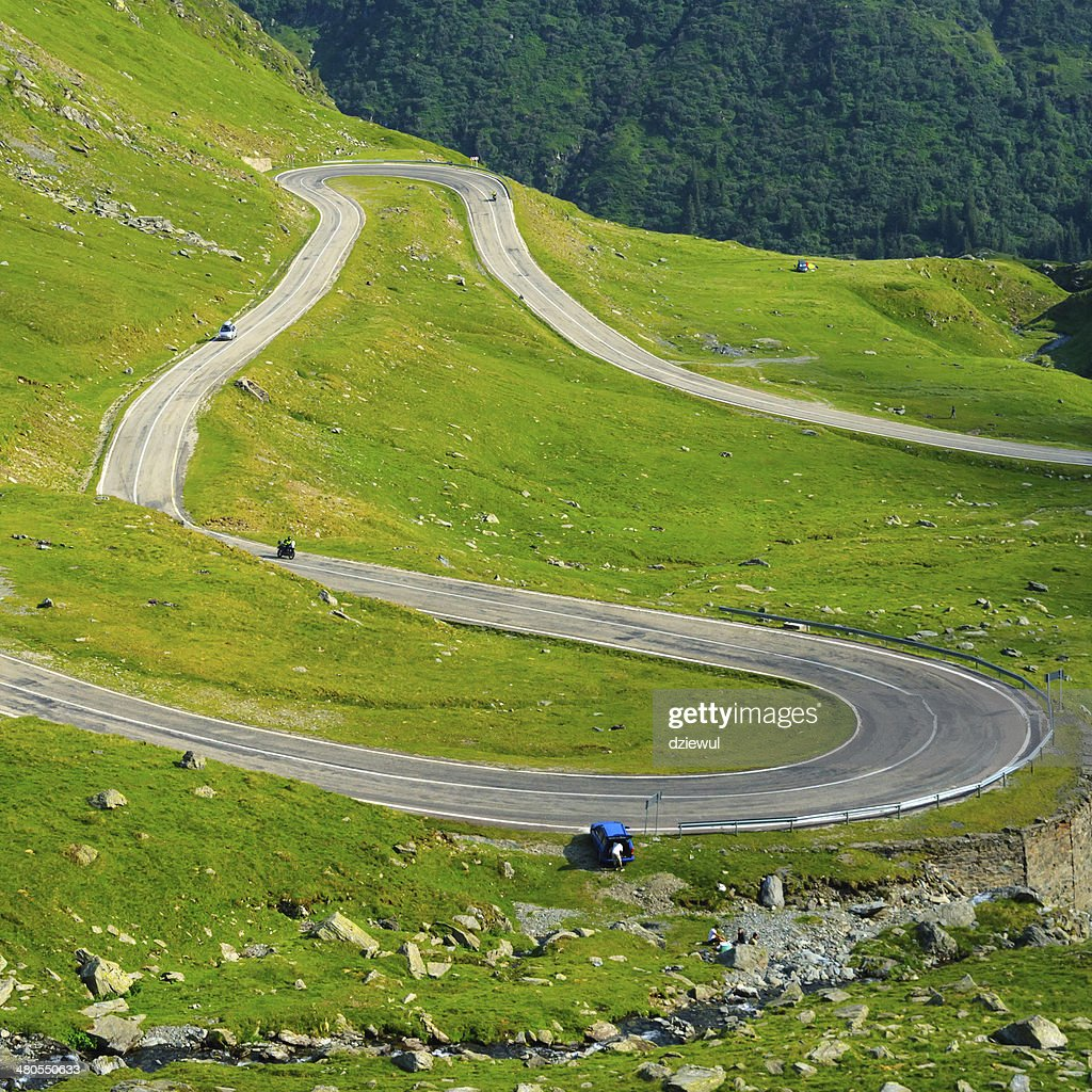 Transfagarasan mountain road, Carpathians rumano : Foto de stock
