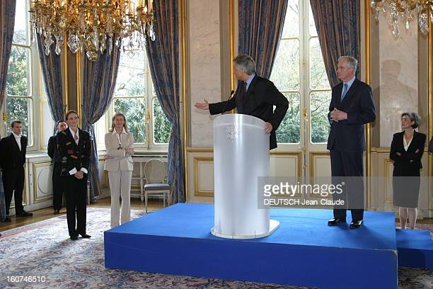 Transfer Of Powers Between Dominique De Villepin And Michel Barnier Cérémonie de la passation de pouvoirs entre Dominique DE VILLEPIN et Michel...
