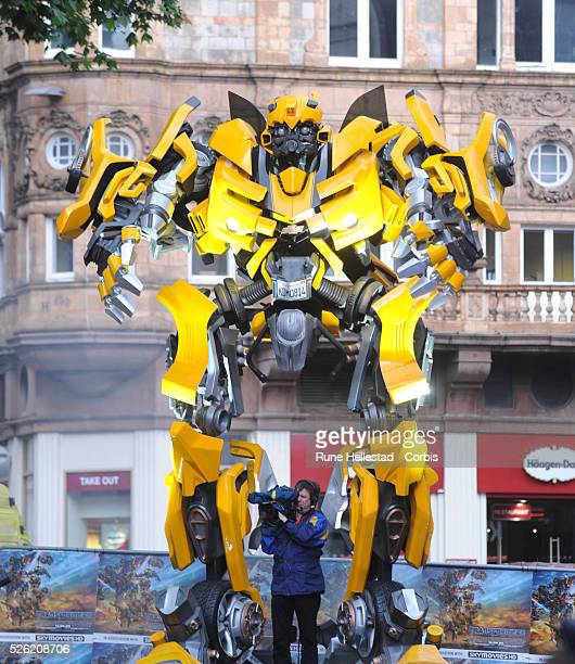 Transformer robot attends the premiere of Transformers Revenge Of The Fallen at Odeon Leicester Square