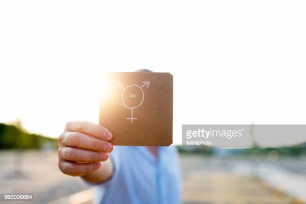 Transgender-Symbol auf Papier