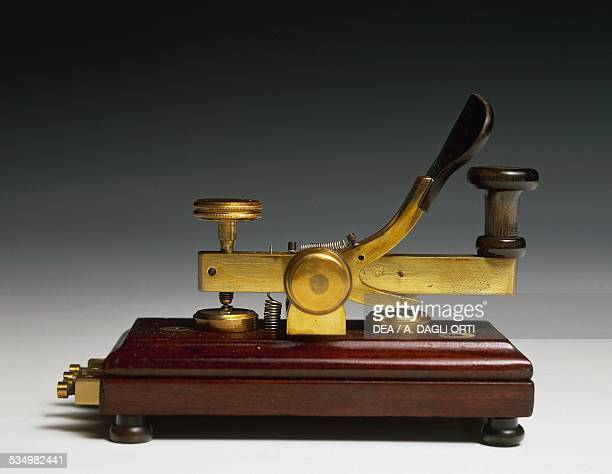 Transmitter key for Morse telegraph with a nonsparking device 1870 Italy 19th century Rome Museo Storico Delle Poste E Telecomunicazioni