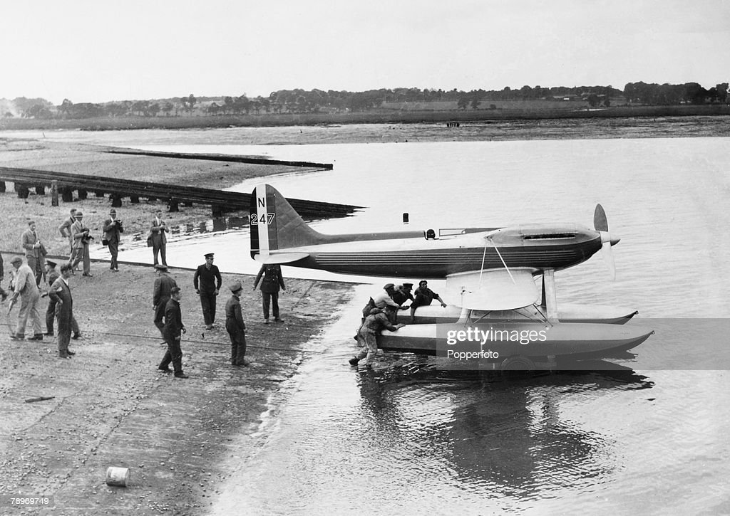 Transport. Aviation. England. August 1929. Schneider Trophy Race. The Supermarine S6 on the water for the first time being towed out by a tug. : News Photo