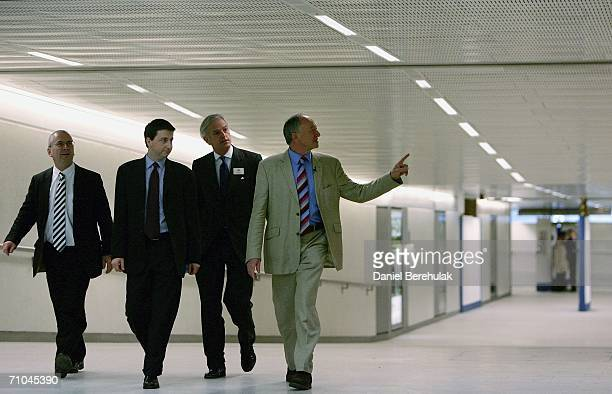 Transport Commissioner Peter Hendy the Secretary of State for Transport Douglas Alexander London Underground MD Tim O'Toole and London Mayor Ken...