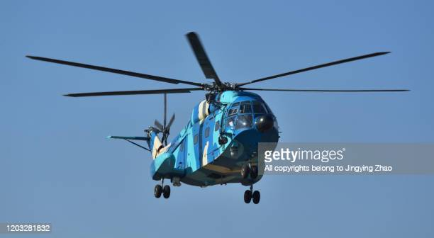 transport helicopter of chinese army - german military stock pictures, royalty-free photos & images
