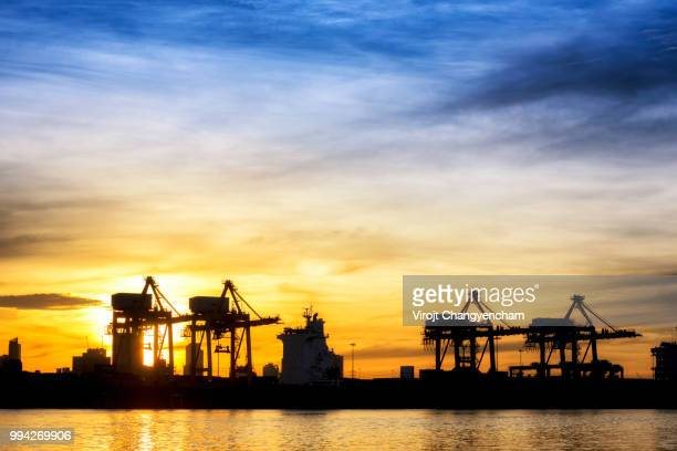transport industrial - oil prices stock pictures, royalty-free photos & images