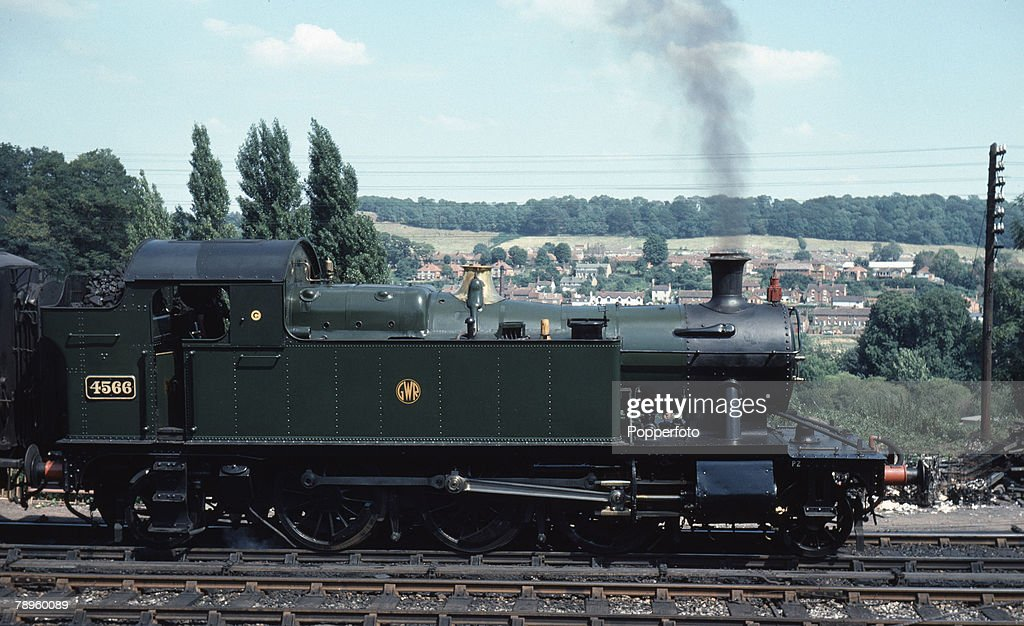 Transport. Seven Valley Railway. Bridgnorth, Shropshire, England. 7th August 1975. Former Great Western railways steam train locomotive, number 4566 at Bridgnorth station. : News Photo