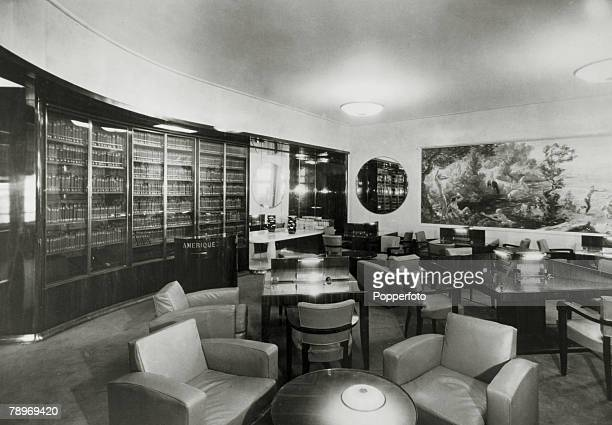 """Transport, Shipping, pic: circa 1930's, The Library on the French liner """"Normandie"""", The Normandie launched in 1932 and famous for it's lavish..."""