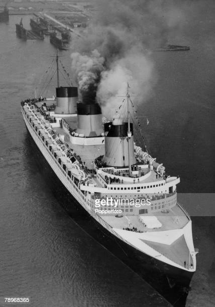 May 1935 The French liner Normandie leaving Le Havre France on the inaugural voyage a record breaking Atlantic crossing to New York The Normandie...