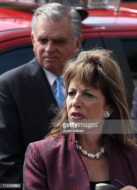 S Transportation Secretary Ray LaHood and US Rep Jackie Speier speak to reporters after touring a Pacific Gas and Electric gas line replacement...