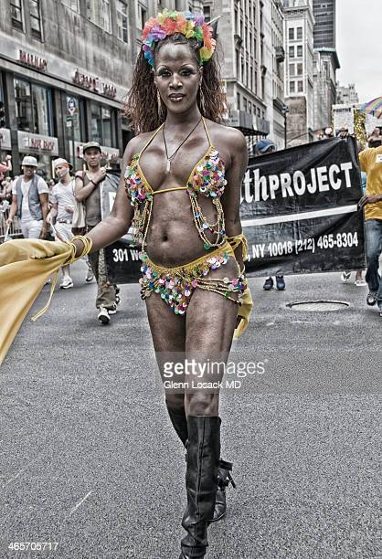 CONTENT] Transvestite marches in Manhattan Gay parade for GAY