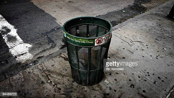 trash can - garbage can stock photos and pictures