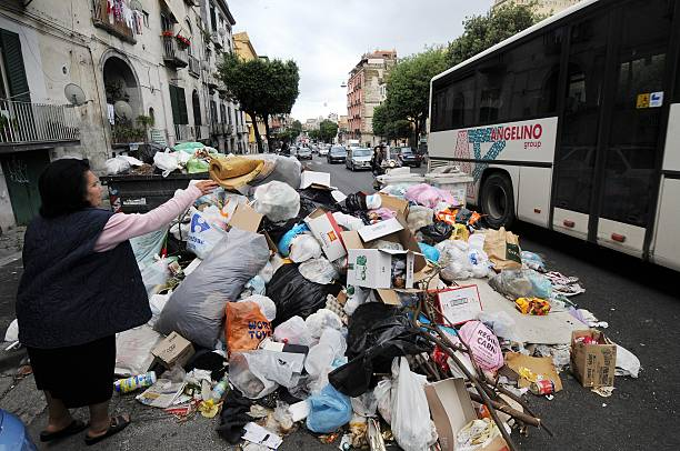 Garbage In Naples Which Has Piled Up For Months Is Turning Into A Big