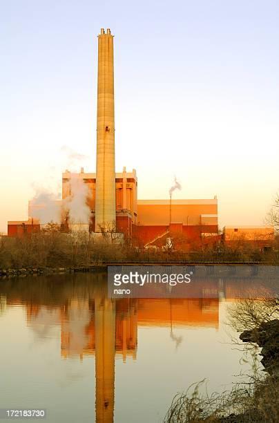 lixo a vapor - incinerator - fotografias e filmes do acervo