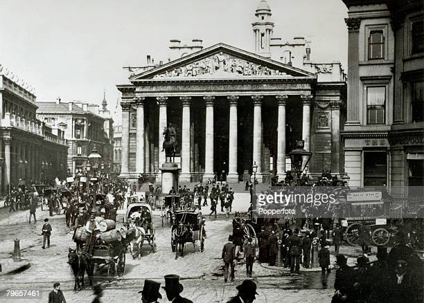 circa 1900's Mansion House Street and the Royal Exchange with the Bank of England on the left