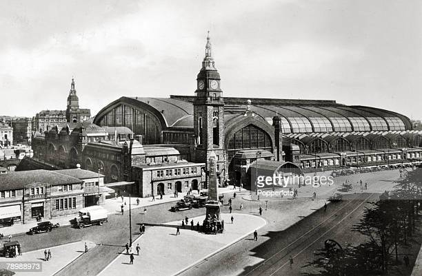 Circa 1930s A View Of The City Railway Station In Hamburg Opened 1906