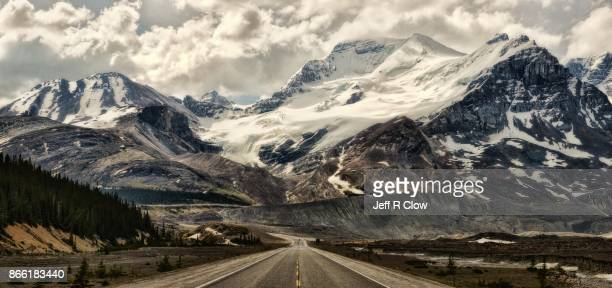 travel landscapes of alberta canada 8 - rocky mountains stock pictures, royalty-free photos & images
