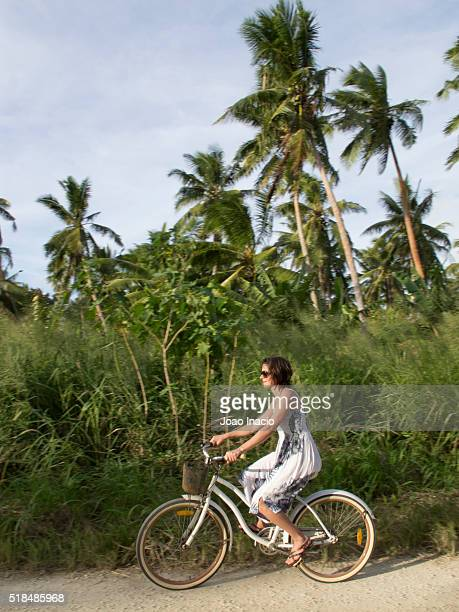 travel like a local - brief - tonga stock pictures, royalty-free photos & images