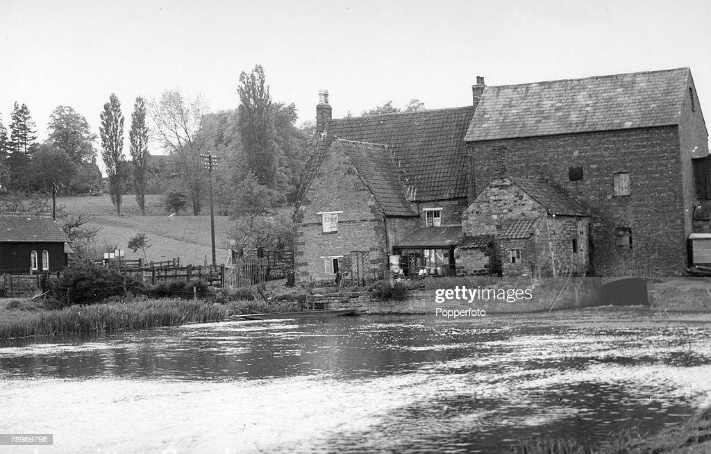 Travel, Social History, Northamptonshire, England, pic
