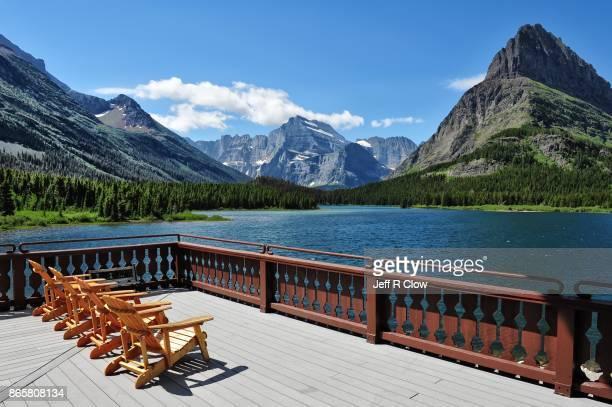 travel view in glacier national park - parque nacional glacier - fotografias e filmes do acervo