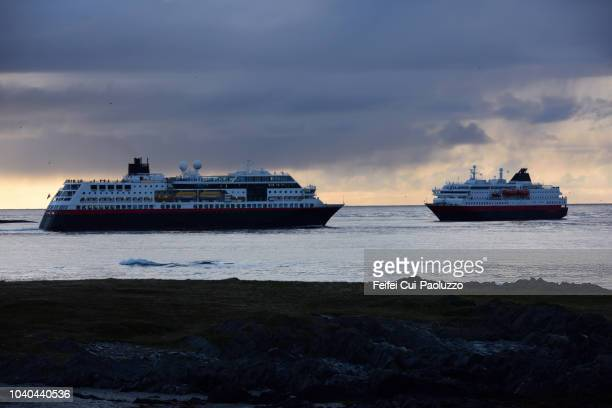 travel with ferry in norway - feifei cui paoluzzo stock pictures, royalty-free photos & images