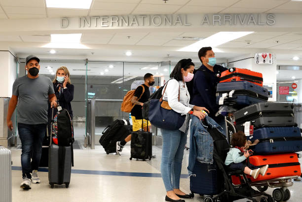 FL: US To Ease Travel Restrictions For Vaccinated International Travelers