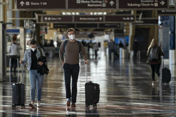 VA: Airline Travelers Ahead Of The Thanksgiving Holiday