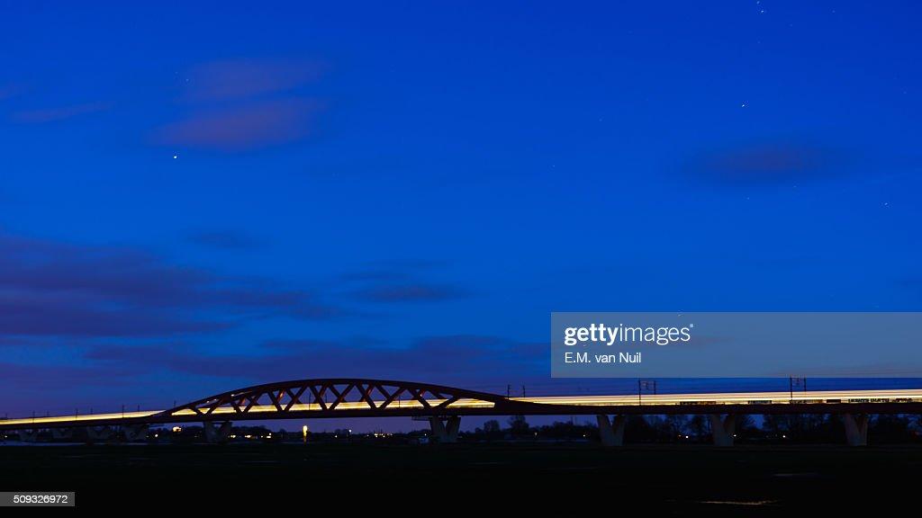 Traveling at Night : Stockfoto