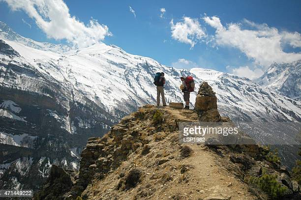 travellers annapurna circuit nepal - base camp stock pictures, royalty-free photos & images