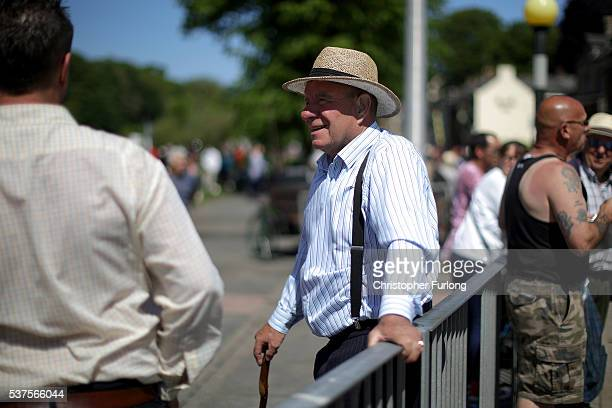 Travellers enjoy the sunshine during the Appleby Horse Fair on June 2 2016 in Appleby England The Appleby Horse Fair has existed under the protection...