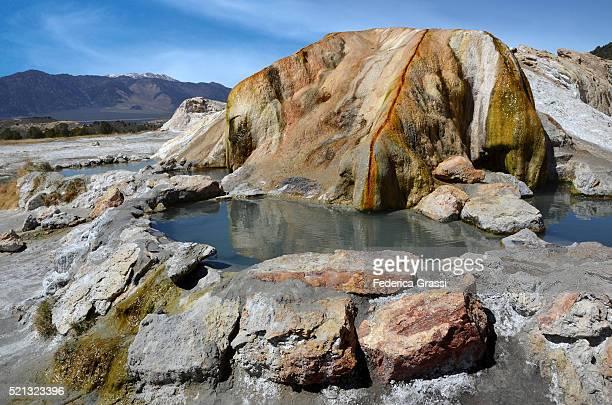 travertine hot springs, eastern sierras, california - トラバーチン ストックフォトと画像