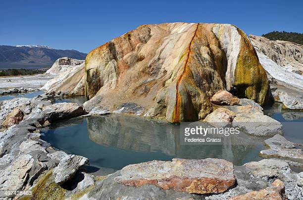 travertine hot springs - トラバーチン ストックフォトと画像